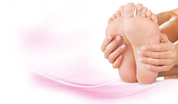 How to Get Rid of Cracked Feet