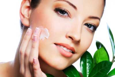 Get perfect bridal glow with these top 8 home remedies for glowing skin for brides