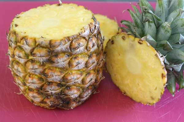 pineapple rich in nutrition values
