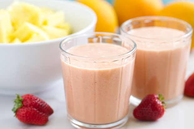Want to Gain Weight Naturally?Then Try This Avocado Strawberry Smoothie Recipe