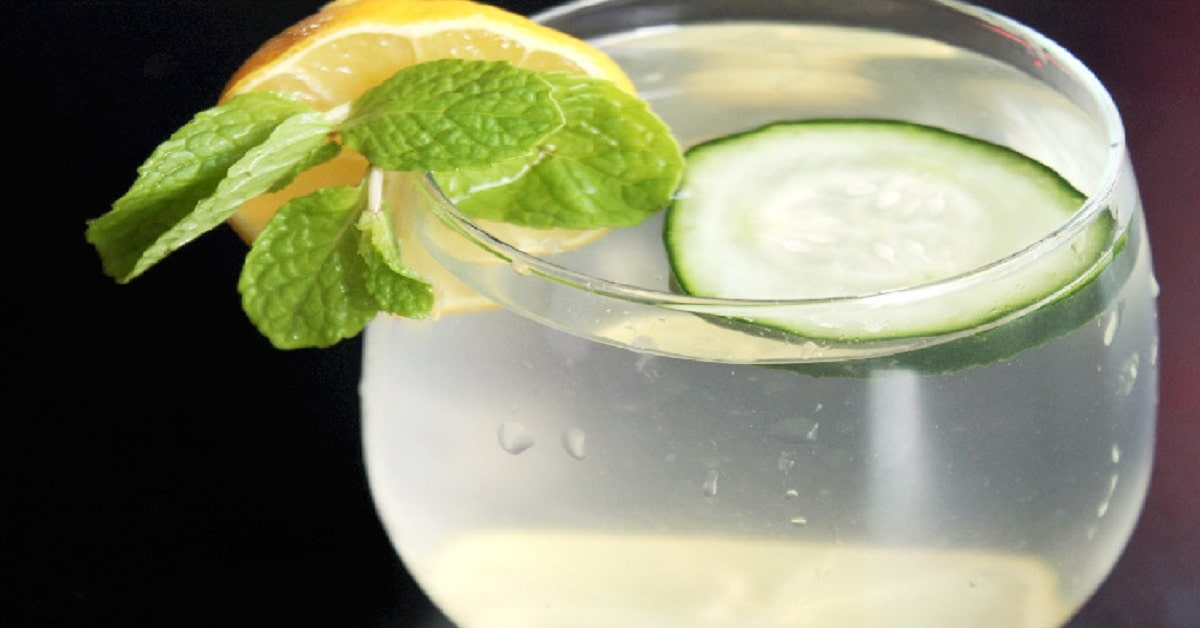 Why do you Prefer to Drink Detox Water for Clear Skin?Other Than Normal Mineral Water