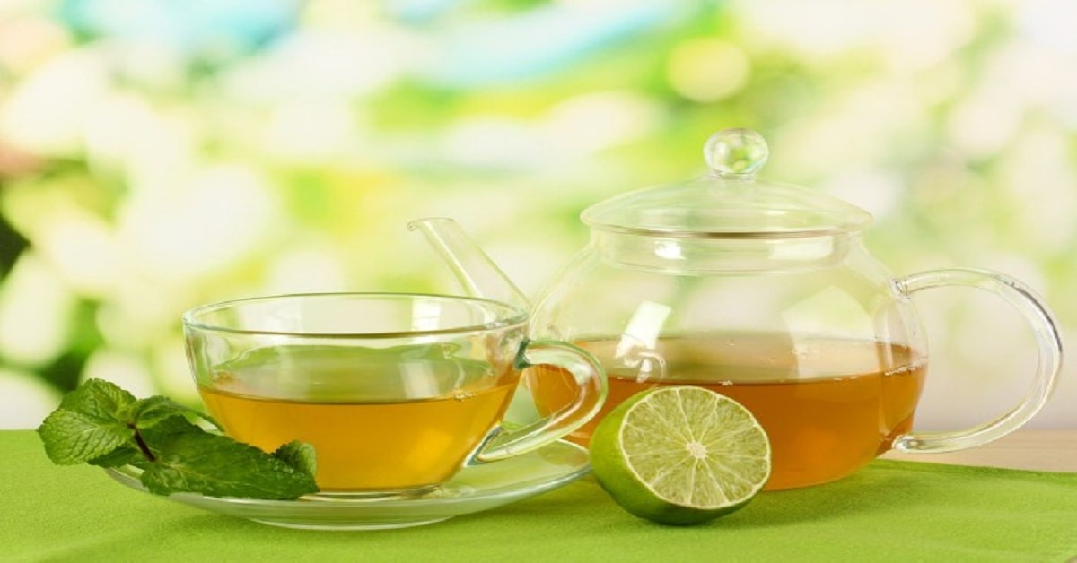 Make yourself healthy and fit with the healthy green tea